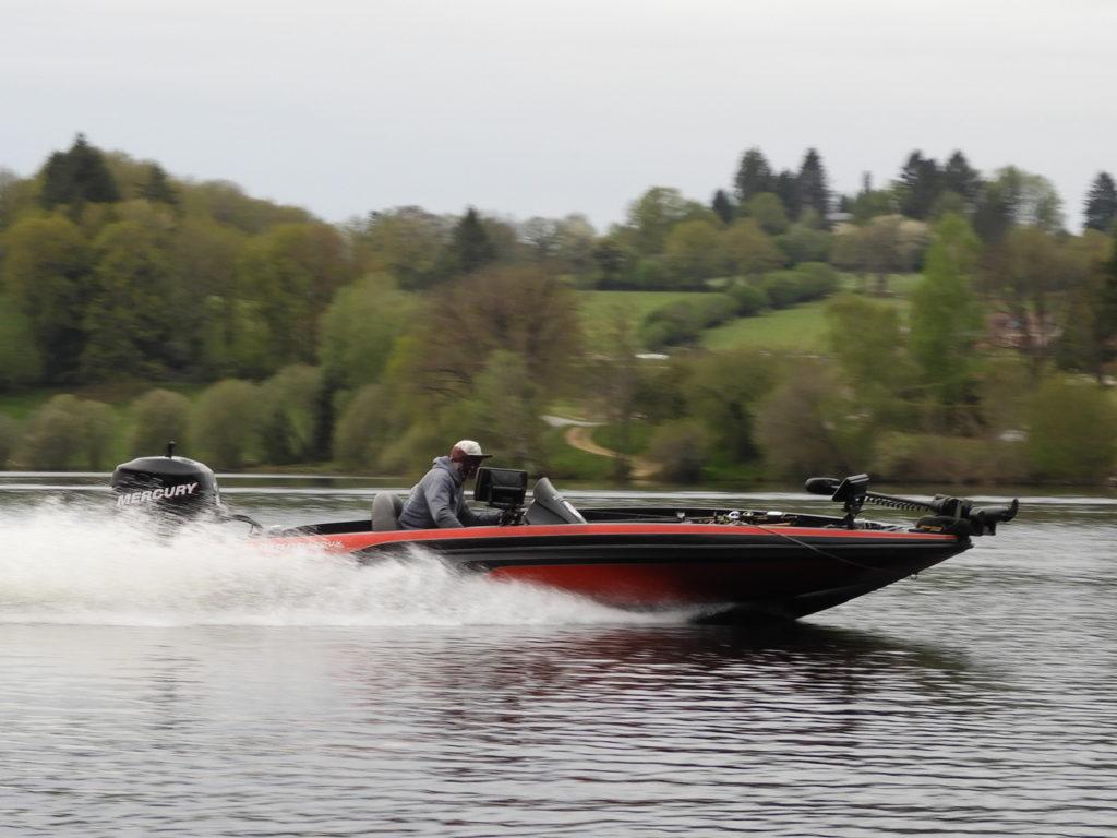 le bass boat